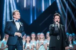 Детский хор Кантилена поет с А.Малининым и Т.Гвердцетели